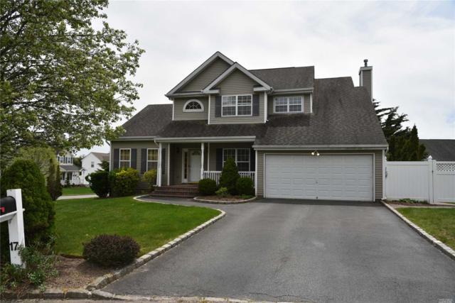 17 Coventry Ln, Smithtown, NY 11787 (MLS #3023200) :: Netter Real Estate