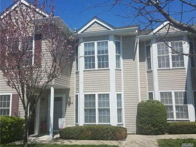 1058 Savoy Dr #2, Melville, NY 11747 (MLS #3025864) :: Keller Williams Points North