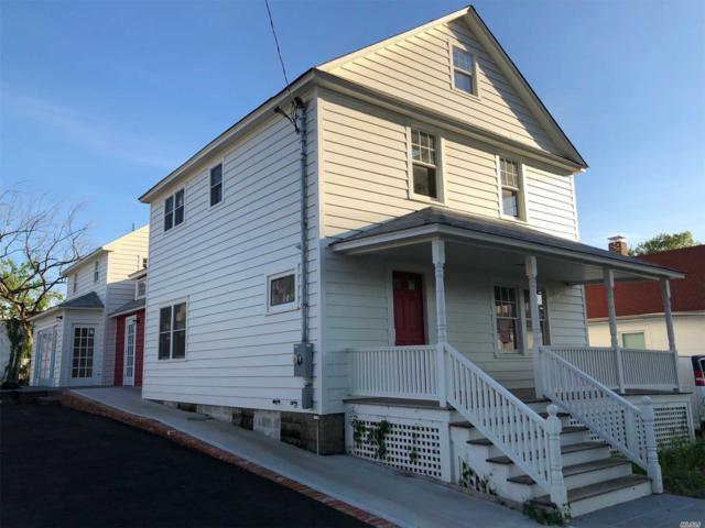10 Roosevelt Ave, Roslyn, NY 11576 (MLS #3035157) :: The Lenard Team