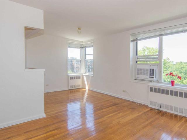 18-70 211th St 6G, Bayside, NY 11360 (MLS #3035284) :: Shares of New York