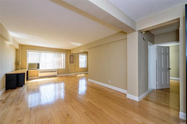 110-20 71 Rd #907, Forest Hills, NY 11375 (MLS #3035859) :: Netter Real Estate
