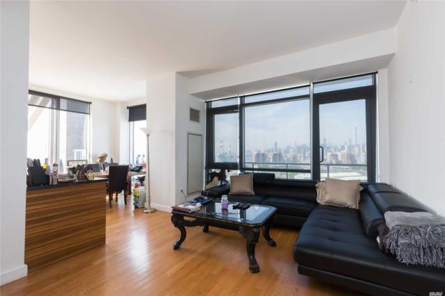 11-24 31st Ave 17C, Long Island City, NY 11106 (MLS #3037049) :: Netter Real Estate