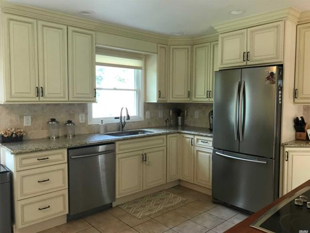 8 Old Cow Path, Miller Place, NY 11764 (MLS #3044677) :: Keller Williams Points North