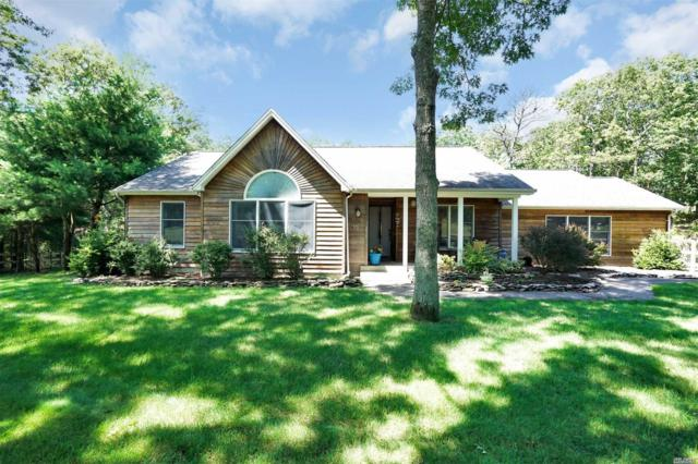 16 Woodview Way, Hampton Bays, NY 11946 (MLS #3047174) :: Netter Real Estate