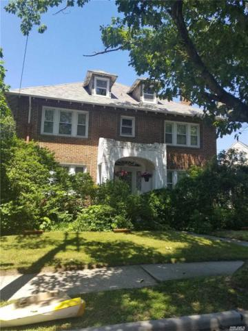 920 Browers Point Br, Woodmere, NY 11598 (MLS #3049461) :: The Lenard Team