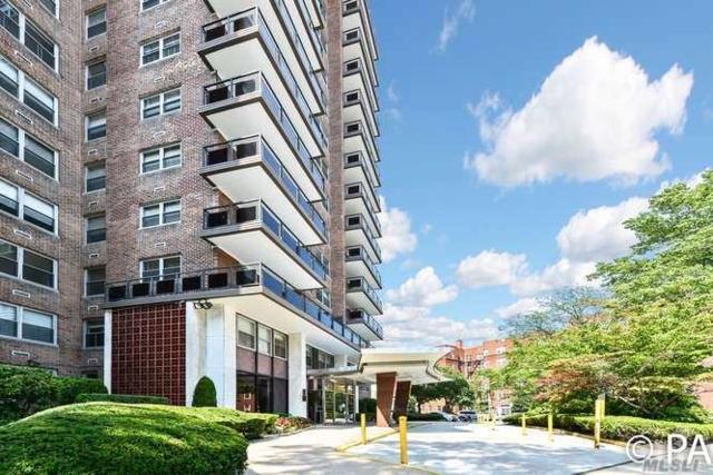 70-20 108th Streeet 9U, Forest Hills, NY 11375 (MLS #3051946) :: Netter Real Estate