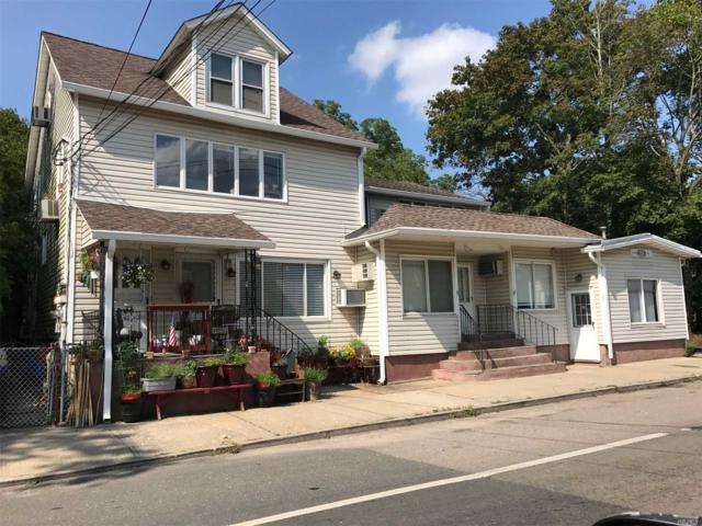 211 Main St, Yaphank, NY 11980 (MLS #3052343) :: Netter Real Estate