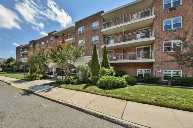 10 Ipswich Ave La, Great Neck, NY 11021 (MLS #3054495) :: Netter Real Estate
