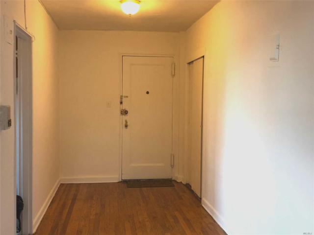 144-11 Sanford Ave 6N, Flushing, NY 11355 (MLS #3055367) :: Netter Real Estate