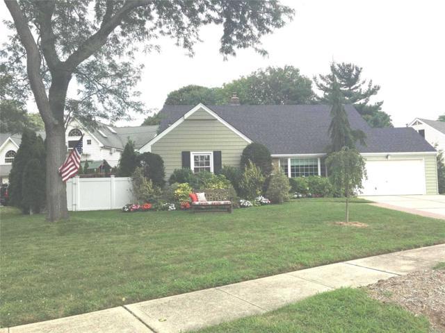90 Gold Pl, Malverne, NY 11565 (MLS #3058279) :: Netter Real Estate