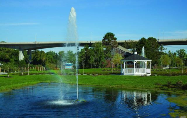 701 Grist Mill Cir #701, Roslyn, NY 11576 (MLS #3059602) :: Netter Real Estate