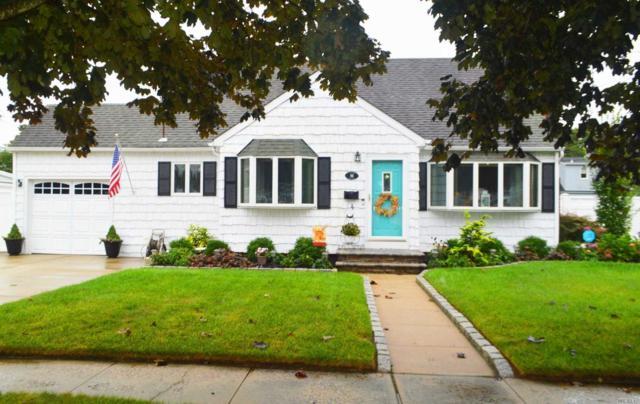 66 Pickwick Ln, N. Babylon, NY 11703 (MLS #3064979) :: Netter Real Estate
