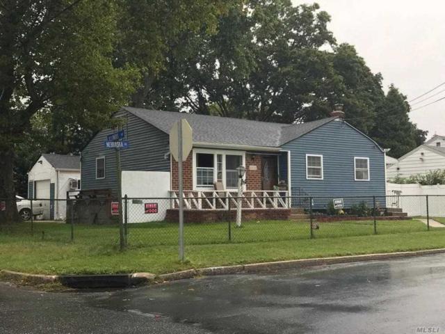803 Nebraska Ave, Bay Shore, NY 11706 (MLS #3066146) :: Netter Real Estate