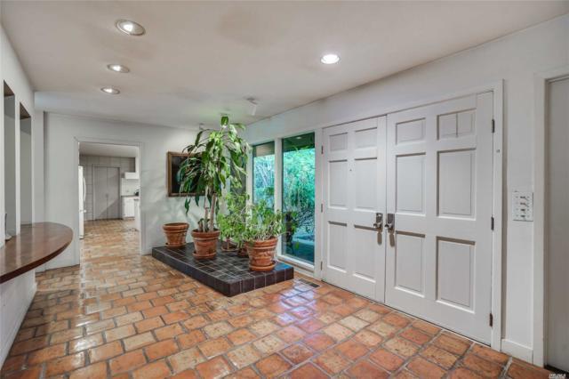 1231 Moores Hill Rd, Laurel Hollow, NY 11791 (MLS #3068358) :: Signature Premier Properties