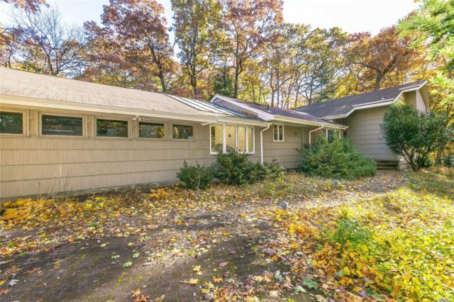 2036 Ridge Rd, Muttontown, NY 11791 (MLS #3078435) :: The Lenard Team