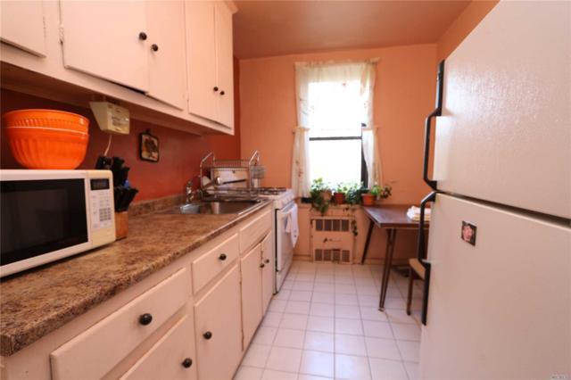 84-01 Main St #304, Briarwood, NY 11435 (MLS #3078773) :: Netter Real Estate
