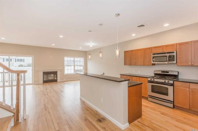 37 Terrace Ln, Patchogue, NY 11772 (MLS #3090128) :: Keller Williams Points North