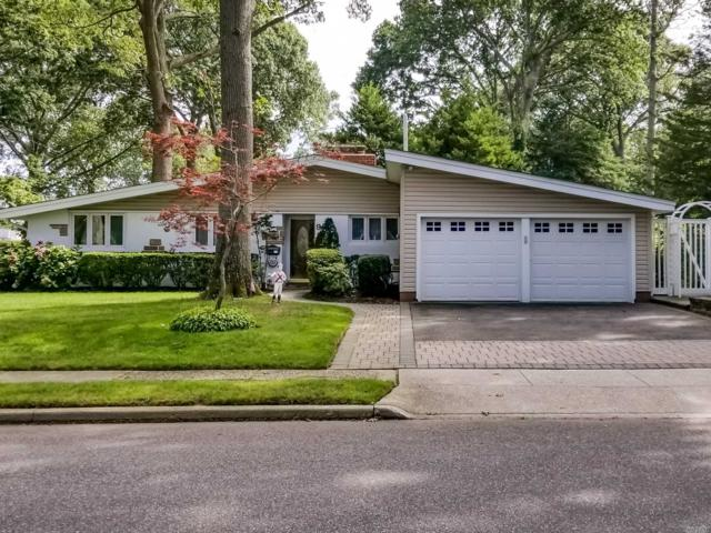 92 Suffolk Rd, Massapequa, NY 11758 (MLS #3093614) :: Signature Premier Properties