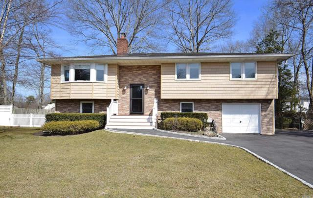 25 Oaktree Dr, East Moriches, NY 11940 (MLS #3110897) :: Keller Williams Points North