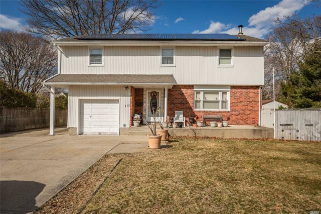 117 Fawn Dr, East Islip, NY 11730 (MLS #3110940) :: Netter Real Estate