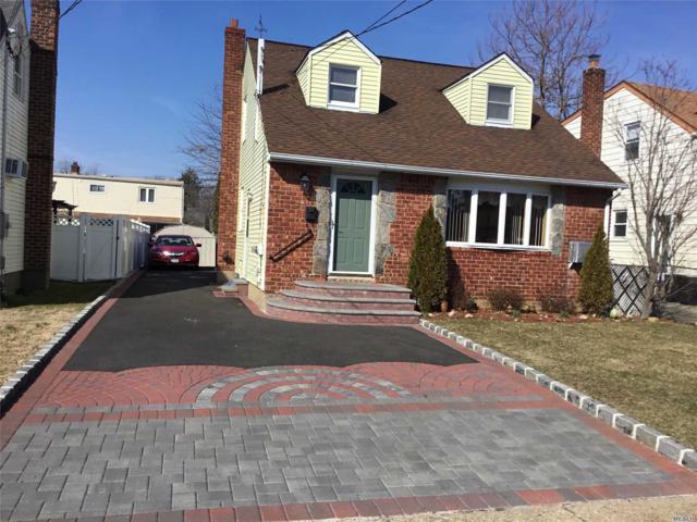 44 Cedar St, Hicksville, NY 11801 (MLS #3110990) :: Signature Premier Properties