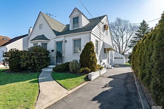60 S Kilburn Rd, W. Hempstead, NY 11552 (MLS #3112562) :: Signature Premier Properties