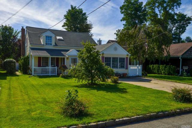 12 Corchaug Ave, Port Washington, NY 11050 (MLS #3114822) :: Netter Real Estate