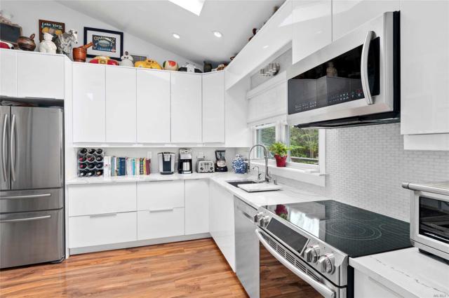 94 Meetinghouse Ln, Amagansett, NY 11930 (MLS #3124426) :: Signature Premier Properties