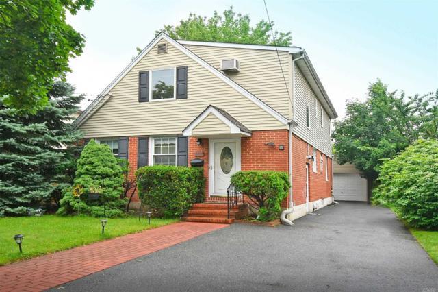 668 2nd Pl, Garden City S., NY 11530 (MLS #3134273) :: Signature Premier Properties