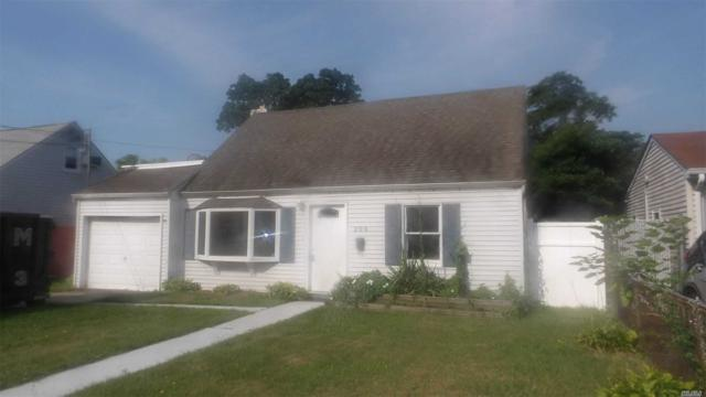 205 S 12th St, Lindenhurst, NY 11757 (MLS #3148605) :: Netter Real Estate
