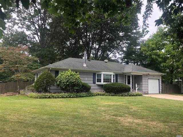24 Stellenwerf Ave, East Islip, NY 11730 (MLS #3163168) :: Netter Real Estate