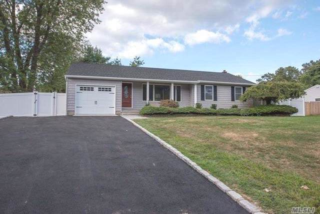 7 Harrison Ave, Poquott, NY 11733 (MLS #3164461) :: Signature Premier Properties