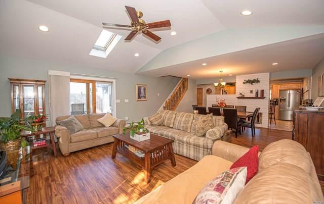 12 Mead Ln, Westbury, NY 11590 (MLS #3172849) :: Signature Premier Properties