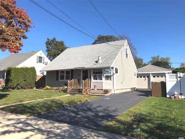 958 Mirabelle Ave, Westbury, NY 11590 (MLS #3174032) :: Signature Premier Properties