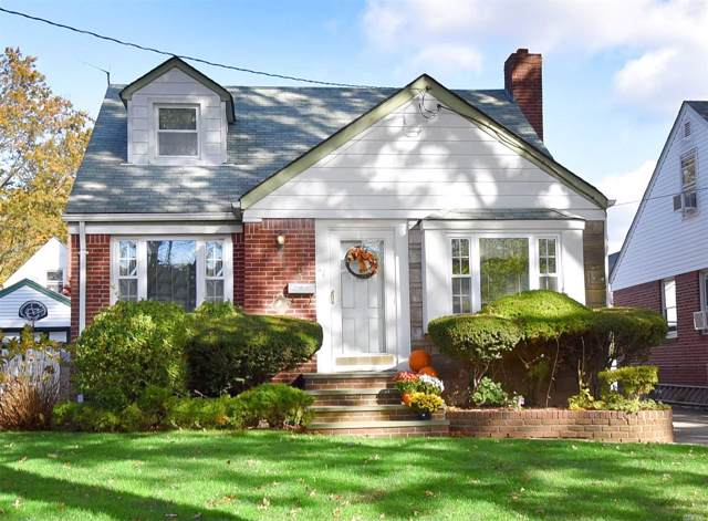 67 Willow St, Floral Park, NY 11001 (MLS #3178833) :: Signature Premier Properties