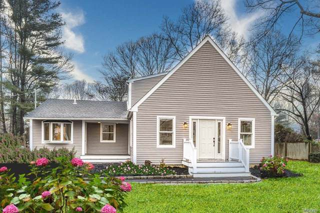 927 Karshick St, Bohemia, NY 11716 (MLS #3189622) :: Denis Murphy Real Estate