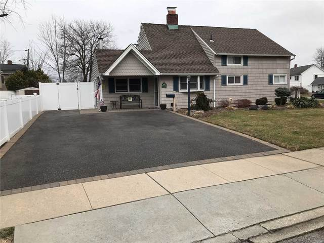 2 Echo Ln, Levittown, NY 11756 (MLS #3200876) :: Signature Premier Properties