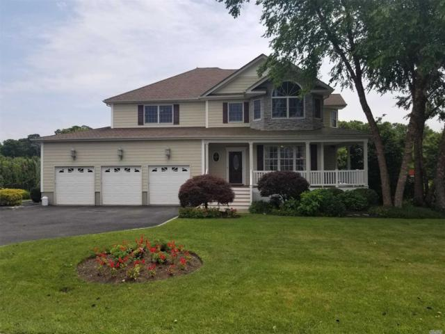 1 Marion Ct, Center Moriches, NY 11934 (MLS #3019649) :: Netter Real Estate
