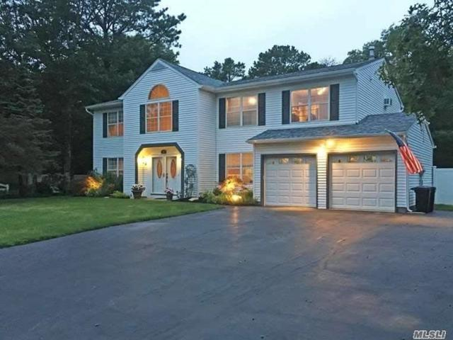 44 Evelyn Ct, Manorville, NY 11949 (MLS #3019735) :: Keller Williams Points North