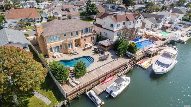 2862 Bay Dr, Merrick, NY 11566 (MLS #3021987) :: Netter Real Estate