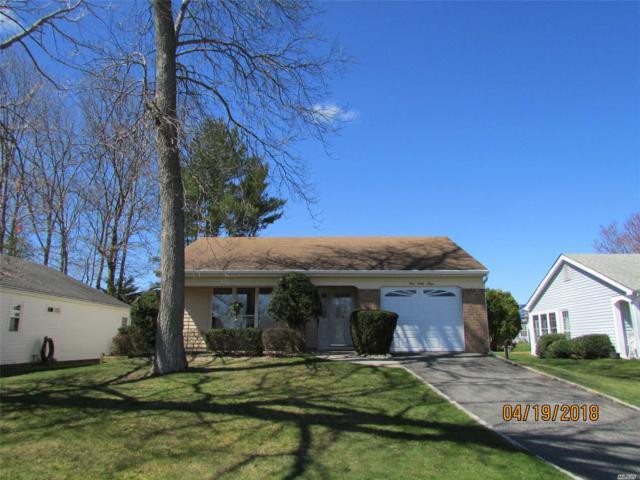 463 Summerwood Ct, Ridge, NY 11961 (MLS #3022434) :: The Lenard Team