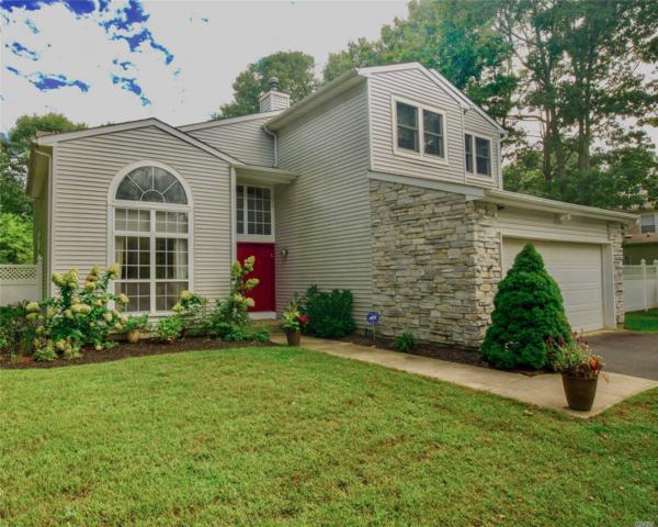 7 Sweet Briar Path, Lake Grove, NY 11755 (MLS #3065514) :: Netter Real Estate
