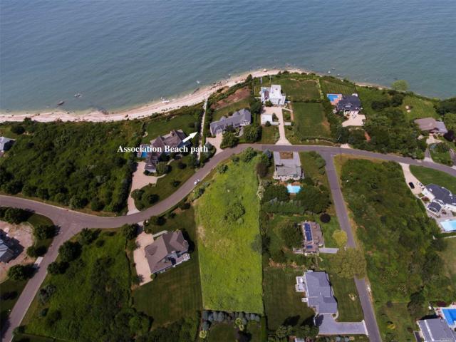 1255 Sound Dr, Greenport, NY 11944 (MLS #3066381) :: Netter Real Estate