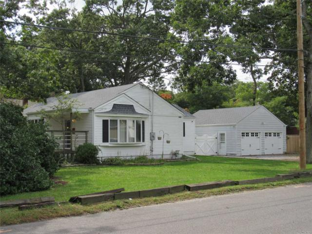 561 Pine Acres Blvd, Brightwaters, NY 11718 (MLS #3071683) :: Netter Real Estate
