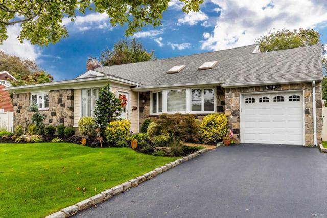 95 Harbor Ln, Massapequa Park, NY 11762 (MLS #3071993) :: Netter Real Estate