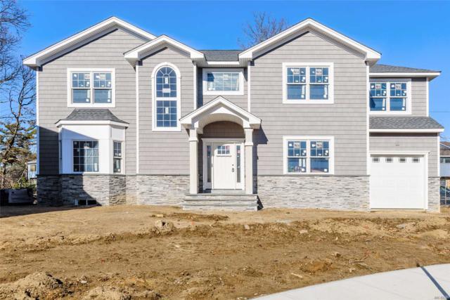 605 Oaktree Ct, Oceanside, NY 11572 (MLS #3080850) :: Netter Real Estate
