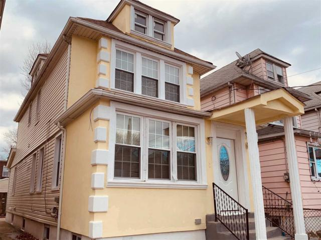 114-44 130 St, S. Ozone Park, NY 11420 (MLS #3085099) :: The Kalyan Team
