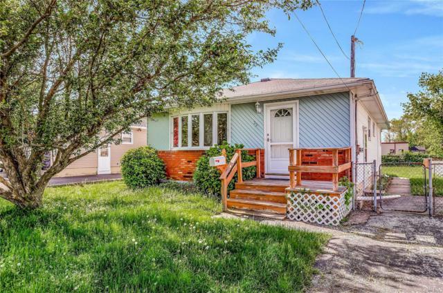 29 Pine St, Babylon, NY 11702 (MLS #3129243) :: Netter Real Estate