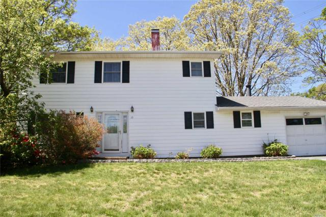 10 Hester Ln, Ronkonkoma, NY 11779 (MLS #3129401) :: Keller Williams Points North