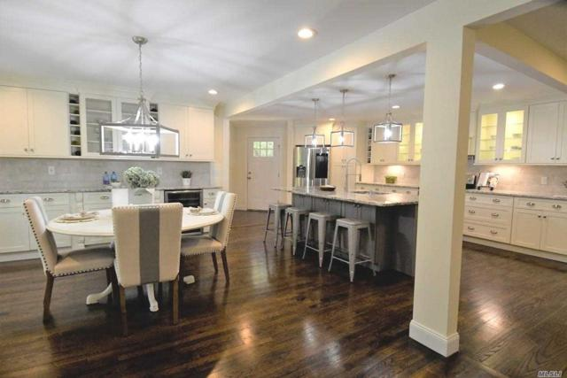 30 Stonywell Ct, Dix Hills, NY 11746 (MLS #3129580) :: Signature Premier Properties